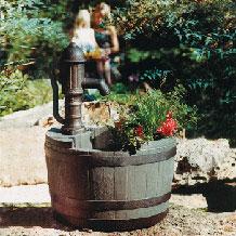 fuentes de agua para jardines barril de whiskey